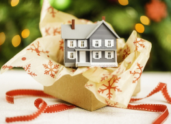 6 Reasons Why You Should List Your Home During the Holidays